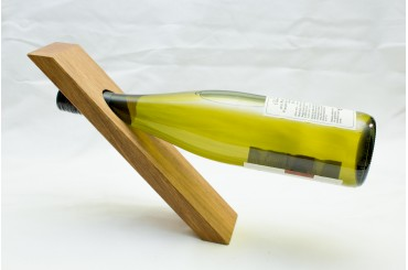 Straight winebottler holder